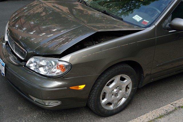 Licytacje samochodów powypadkowych